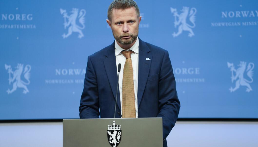 Helseminister Bent Høie på en av mange pressekonferanser om koronasituasjonen Foto: Ali Zare / NTB